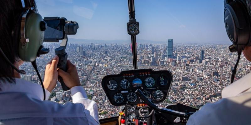 [25 minutes] Cessna cruising Osaka 2 - 25min Touring the Tsutenkaku and USJ