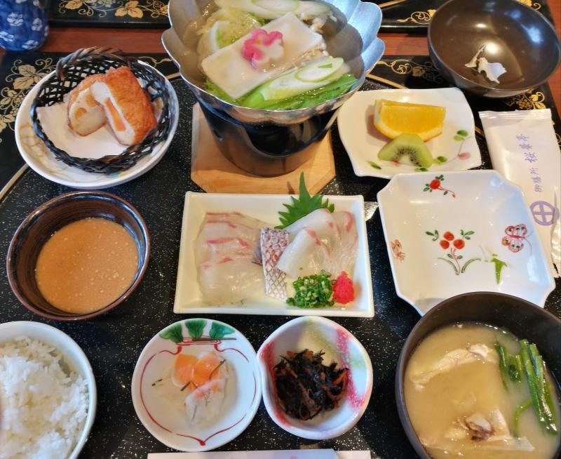午飯可以選擇在仙巌園的餐廳享用當地的特色料理
