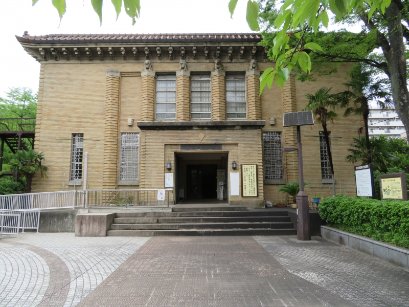 The Recovery Museum in Yokoamichou Park opened in 1931 to remember the recovery efforts from the Kanto earthquake.