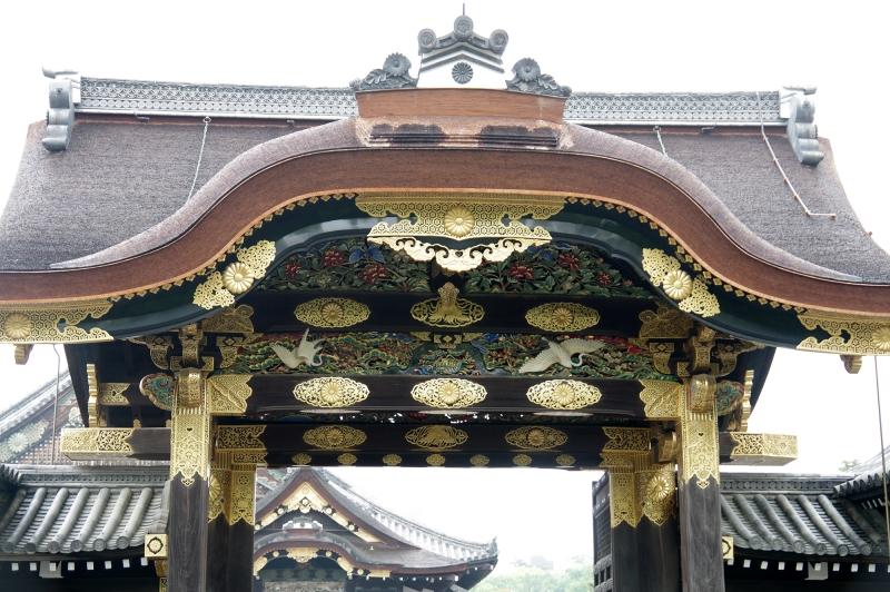 Many gorgeous carvings on Karamon gate at Nijojo