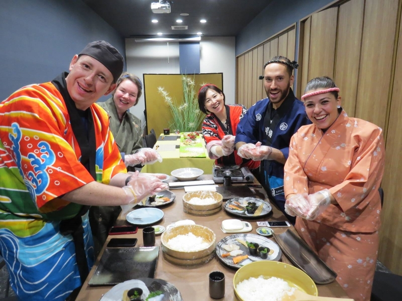 Tokyo: Sushi & Washoku School Lesson (Advanced level) Tour
