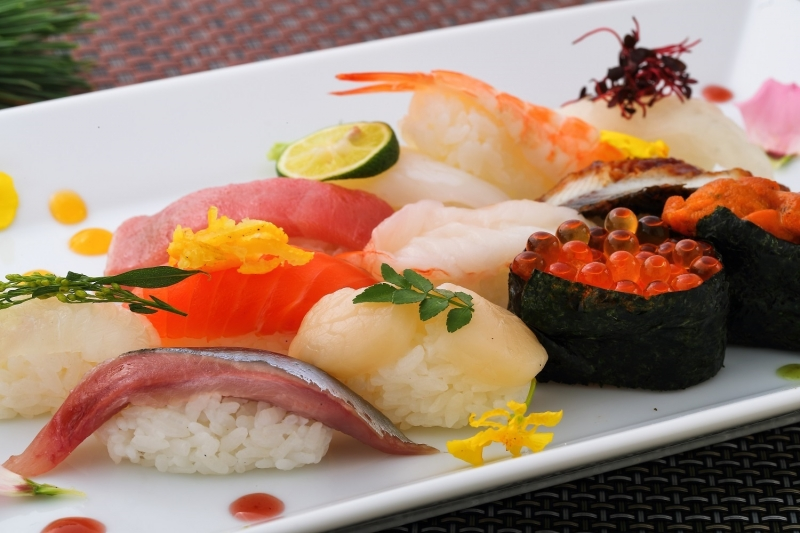 Osaka: Sushi School Lesson (Intermediate level) Tour