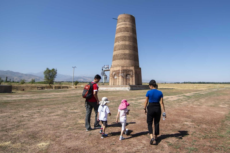 Burana Tower- A tower with a big history, which was believed to be built in 9-11 centuries, where Karahanid empire lived. If you would like to know regarding history that was 1000 years ago in Kyrgyzstan you should visit Burana Tower.