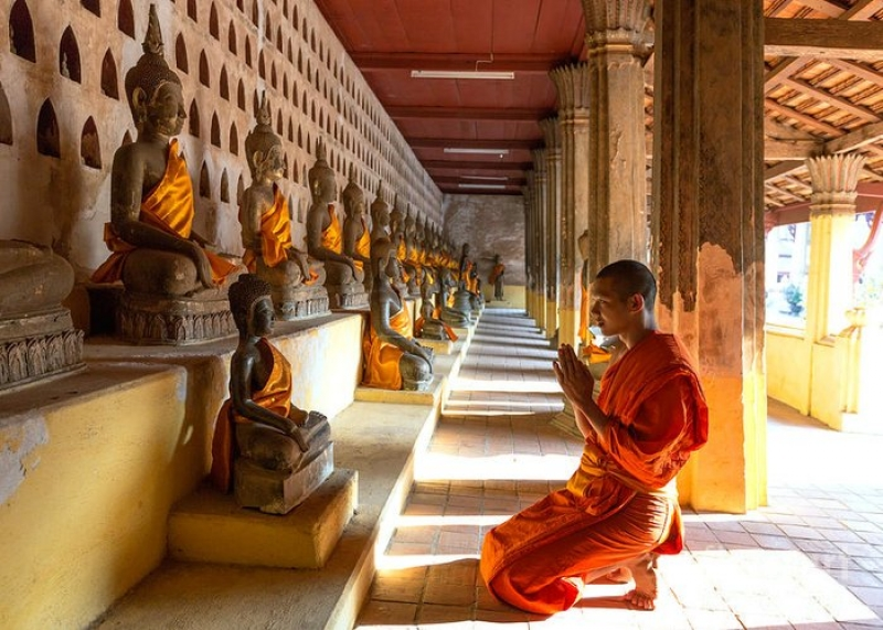 Buddhist Monk Praying - Wat Sisaket Temple