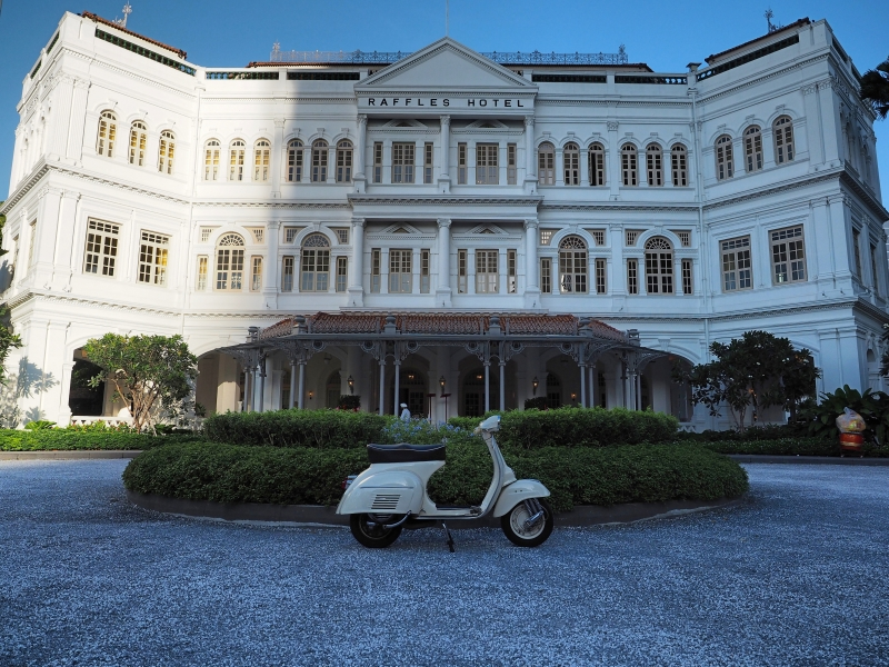 throwback to another era at Raffles Hotel