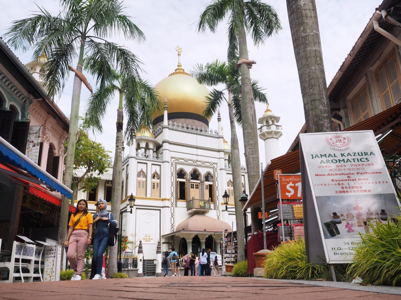 The grand Sultan Mosque in Kampong Glam