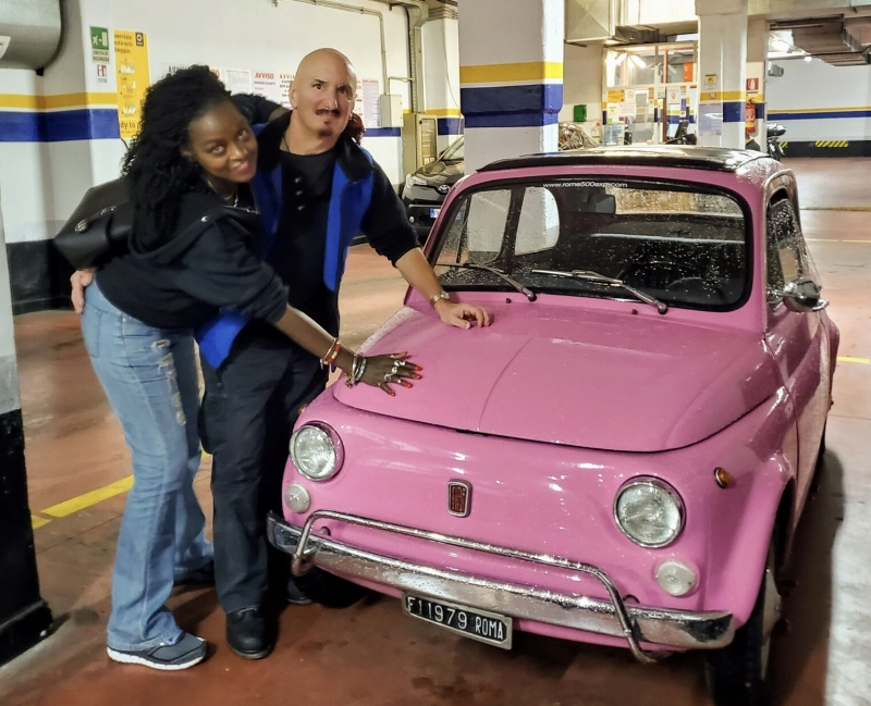 WOW somebody you LOVE ;) Self-drive a Sophia Loren PINK Fiat 500 vintage car in Rome!  Happiness exists, make it happen!