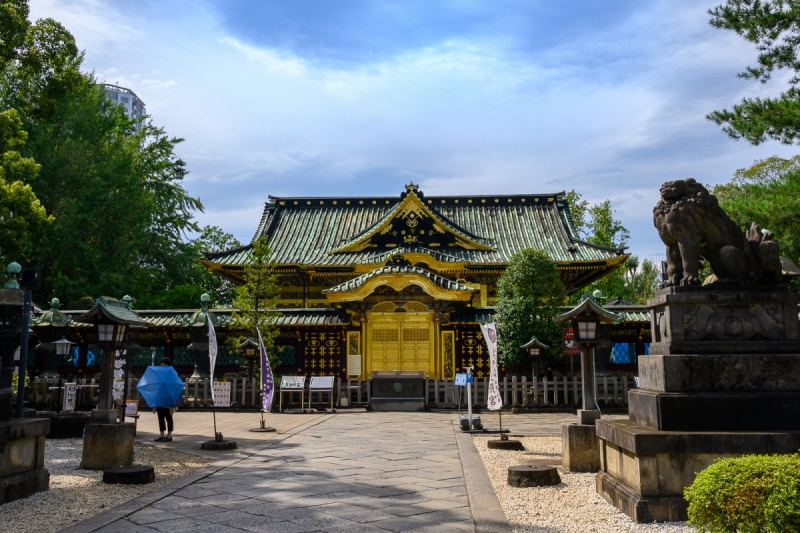 Gorgeous Ueno Toshogu Shrine enshrines the first Shogun of Tokugawa government.