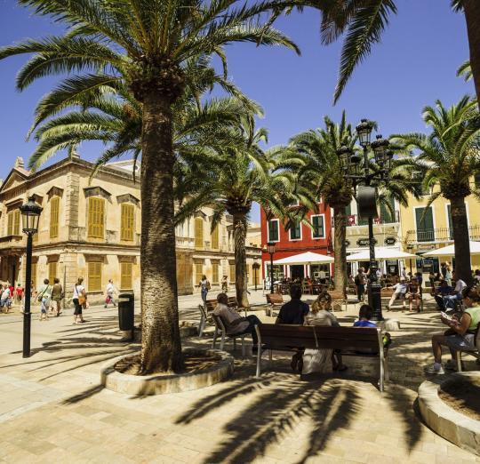 Plaça Alfonso III