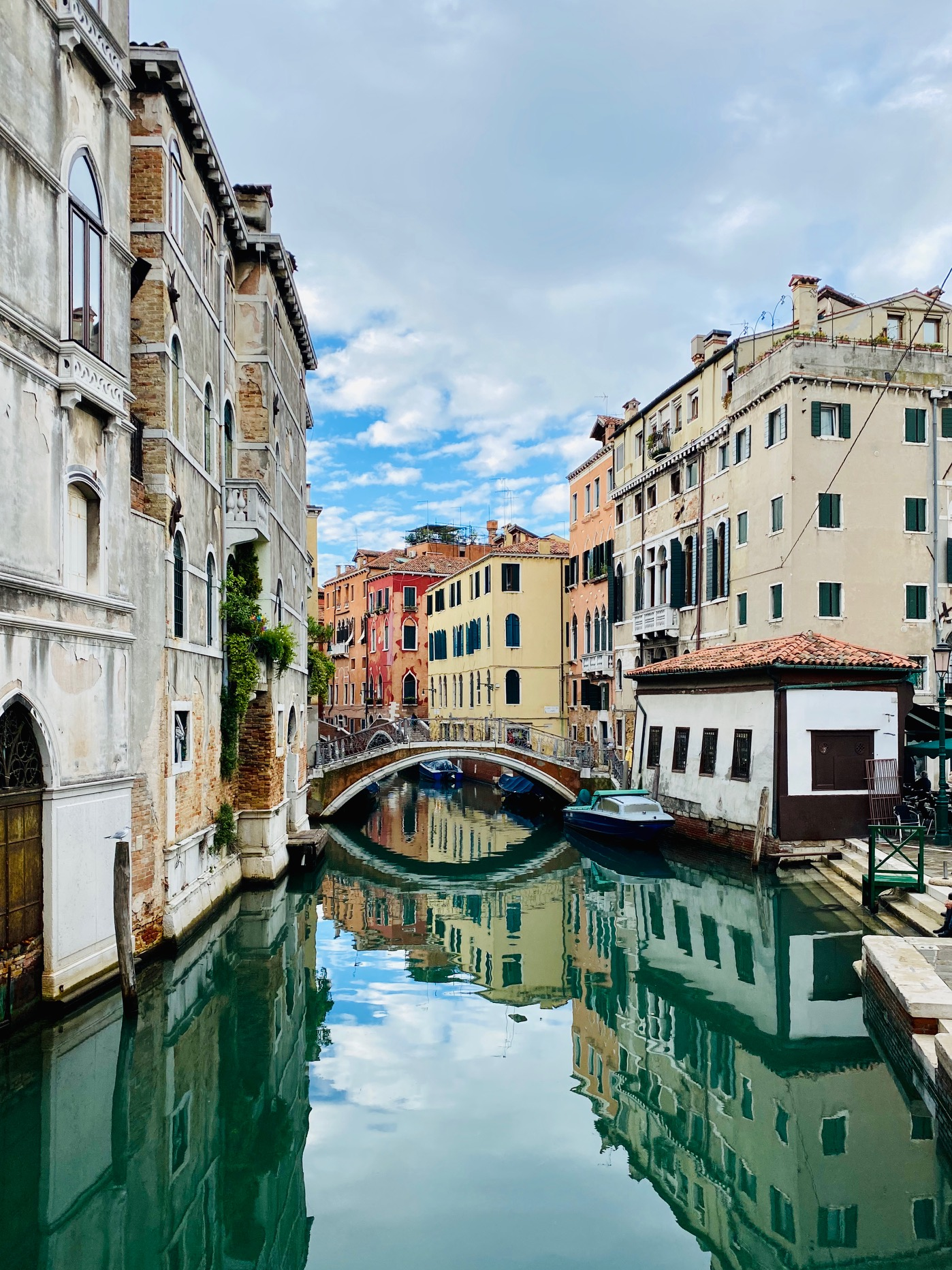 Venice Off The Beaten Track tour with Lucia Bondetti, tour guide and art historian