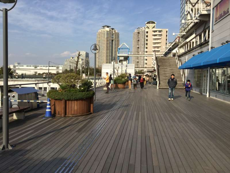 S5. Odaiba (Beach side walking deck)