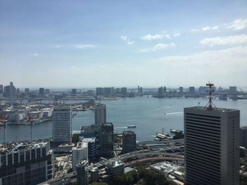 O5. Observatory of World Trade Center  (View of Tokyo Bay area from 150 m )