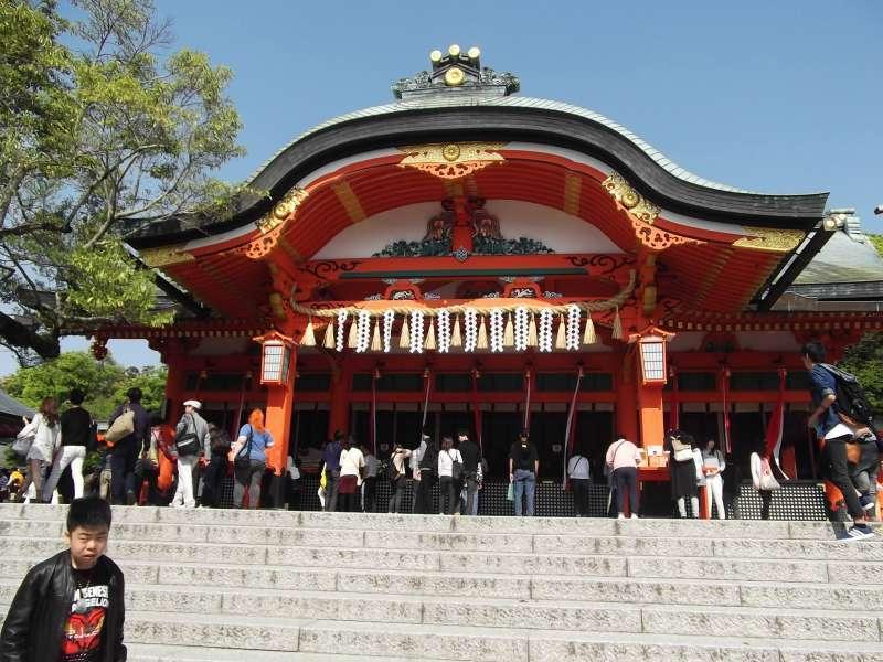 Main shrine building of Fushimi-Inari-Taisha shrine.