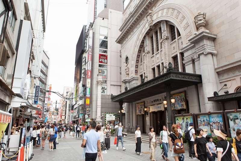 Shochiku Kabuki Theater along Dotombori Street